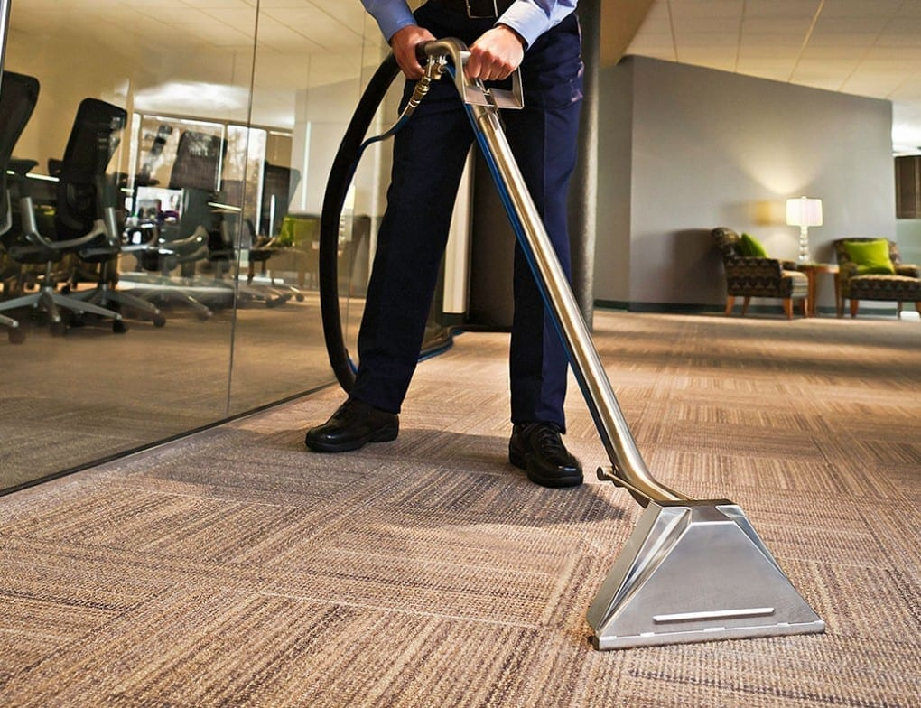 طرق تنظيف سجاد بالبخار في شركة الأمين الإماراتية