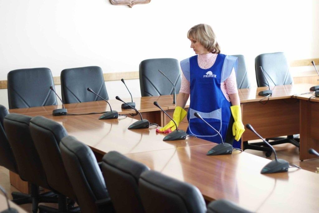 شركة تنظيف مكاتب في ام القيوين